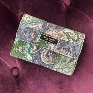Mandala print lilac and green wallet